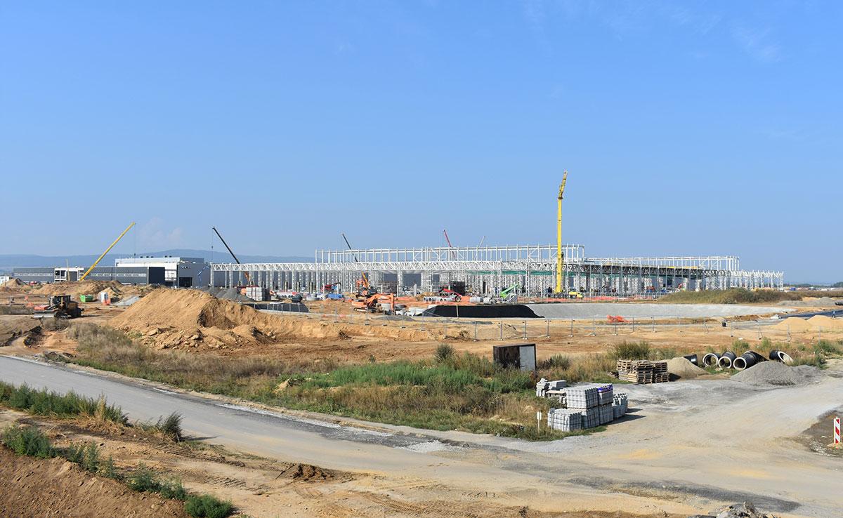 Trwa budowa zakładu produkcyjnego Mercedes-Benz w Jaworze