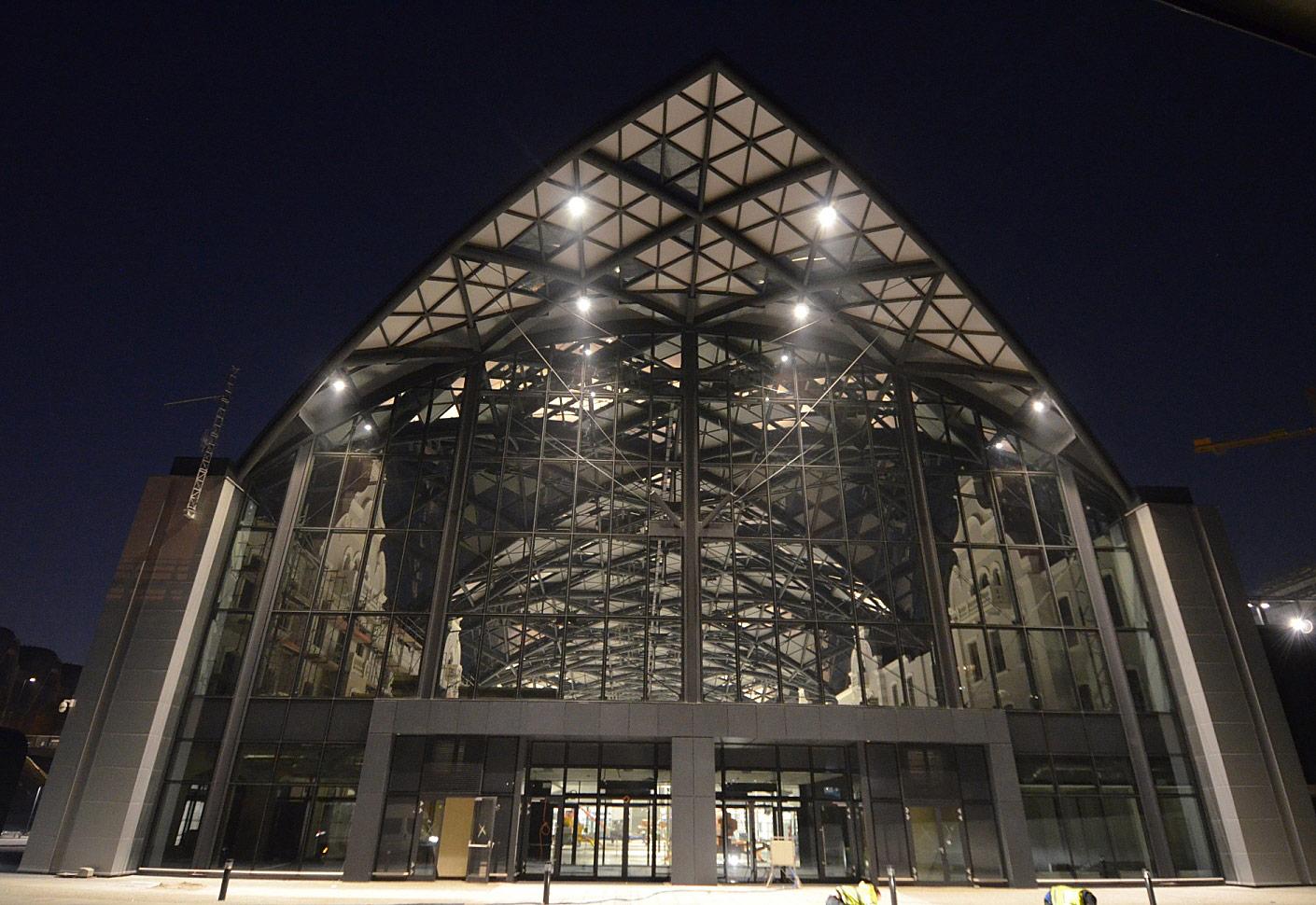 Budowa nowego dworca Łódź Fabryczna dobiega końca
