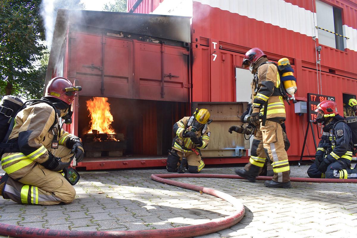 """VI Międzynarodowa Konferencja """"Pożary Wewnętrzne"""" w Olsztynie"""